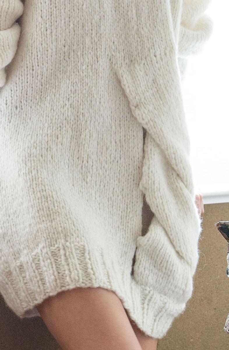 Lana Grossa LANGE PULLOVER MET VLECHT Lala Berlin Lovely